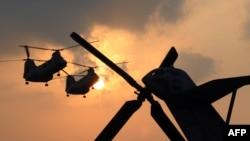 Халқаро кучлар вертолётлари ҳужуми оқибатида яна покистонлик ҳарбийлар ўлди.