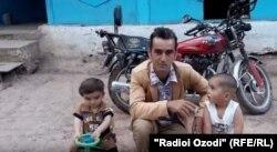 Файзалӣ Сафаров, блогери тоҷик дар Ютюб. Акс аз бойгонии Радиои Озодӣ