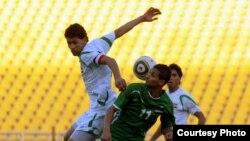 من مباراة فريق المغتربين العراقيين مع منتخب الشباب العراقي
