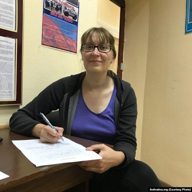 Татьяна Павлова в отделении полиции