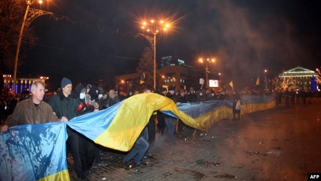 13 марта 2014 года, площадь Ленина в Донецке