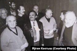 У атачэньні калегаў, 1995 год