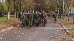 Дзень за 1 хвіліну: у войску новыя самагубствы, у Парыжы падпалілі банк, барду Сокалаву-Воюшу - 60