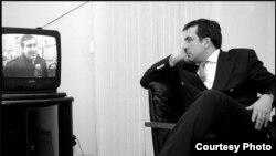 Гия Хухашвили считает непонятными отказ от дачи свидетельских показаний человеком, которого считают первым патриотом страны