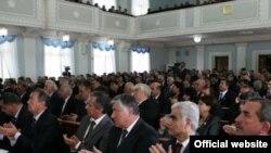 Депутаты таджикского парламента, Душанбе, 20 апреля 2011