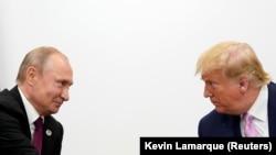 Владимир Путин и Доналд Тръмп на срещата на Г-20.