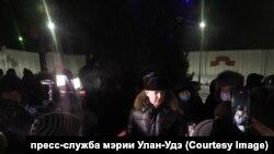 Игорь Шутенков на сельском сходе