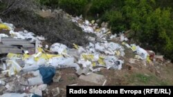Илустрација: Дива депонија во Скопје.
