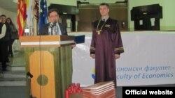 Градоначалникот на Прилеп Марјан Ристески потпишува спогодба за соработка помеѓу Економскиот факултет Прилеп и Економскиот институт од Украина.