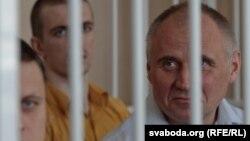 Мікола Статкевіч у судзе. 26 траўня 2011 года.