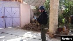 Инспектор ООН изучает место предполагаемой химической атаки в юго-западном предместье Дамаска