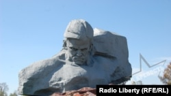 Монумент советским воинам в Бресте.