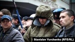 Участники пророссийского митинга 26 февраля 2014 года в Симферополе