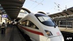 Потяг компанії Deutsche Bahn