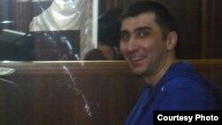 Правозащитник Вадим Курамшин - на скамье подсудимых. Тараз, 2 мая 2012 года. Фото предоставил гражданский активист Дмитрий Тихонов.