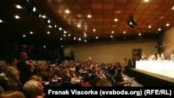 Пресс-конференция на Каннском кинофестивале. Архивно-иллюстративное фото