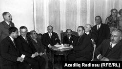 M.Ə.Rəsulzadə Ankarada siyasi mühacirlər arasında – 1950-ci illər