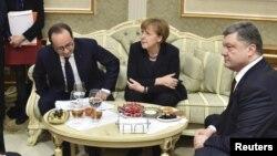 Лідери країн на переговорах у Мінську, 11 лютого 2015 року