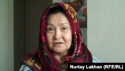 Зейнеп-апай, житель Дома ветеранов. Алматы, 30 сентября 2014 года.