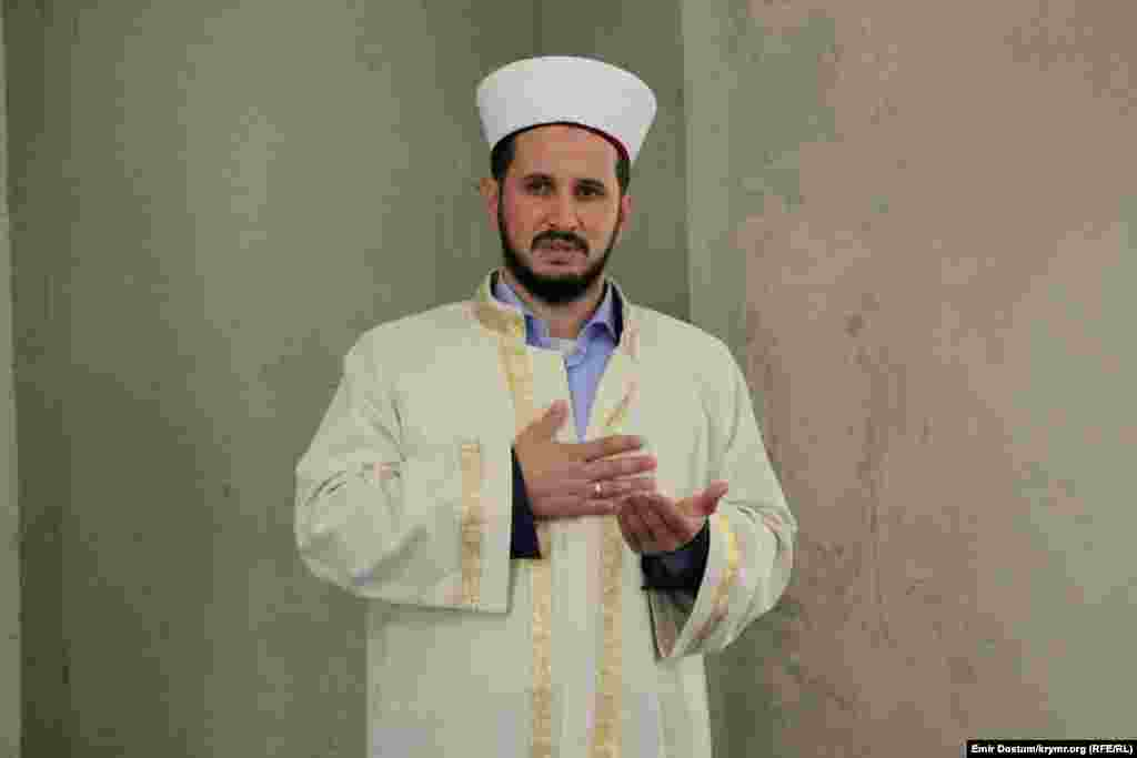 Qırım müftisi muavini Esadullah Bairov