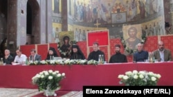 На Собрании было принято Обращение к участникам Всеправославного Собора, который пройдет в июне на острове Крит в Греции
