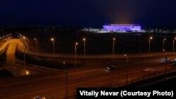 Так выглядит калининградский стадион ночью