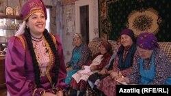 "Лариса Гайнетдинова (с) ""Буран әбиләре"" белән"