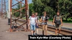 Знімальна група фільму «Поїзд Київ-війна» під час роботи, літо 2019 року