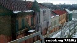 частка вуліцы, на якой знаходзяцца будынкі, пазбаўленыя статусу гісторыка-культурнай каштоўнасьці