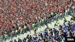 هواداران پرسپولیس و استقلال