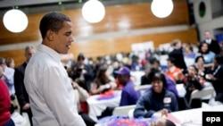Барак Обама в одной из школ Вашингтона