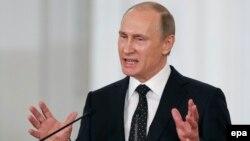 Володимир Путін виступає на церемонії з нагоди Дня Росії, 15 червня 2015 року