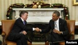 Встреча Барака Обамы Хуана Мануэля Сантоса в Вашингтоне в декабре 2013 года