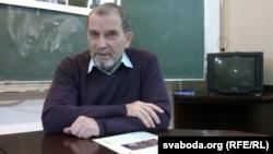 Анатоль Тарас