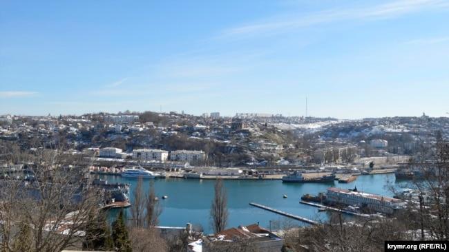 Южная бухта в Севастополе, февраль 2019 года