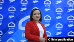 Аида Касымалиева, Жогорку Кеңештин вице-спикери, «Биримдик» партиясынын депутаттыкка талапкери.