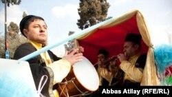 Азәрбайҗан җырчылары Нәүрүзне бәйрәм итә