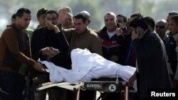 Hosni Mubarak məhkəməyə xərəkdə gətirilib - 29 noyabr 2014