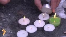Svijeće i olovke za žrtve u Parizu