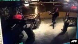 Момент атаки на клуб в Стамбуле, снятый камерой видеонаблюдения