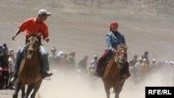 Мургабдагы ат чабыш,19-июль, 2009.