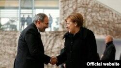 Встреча премьер-министр Армении Никола Пашиняна с канцлером Германии Ангелой Меркель, Берлин, 1 февраля 2019 г.