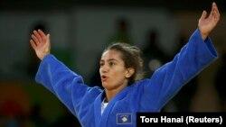 Kosovo's newly crowned Olympic judo gold medalist Majlinda Kelmendi