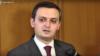 Ֆինանսների փոխնախարար Արման Պողոսյանը զրուցում է լրագրողների հետ, Երևան, 1-ը ապրիլի, 2019թ.
