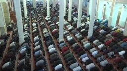 ادای نماز عید در سایهی ویروس همه گیر کرونا