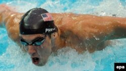 فلپس با رکورد مجموع ۱۲ مدال طلای المپيک، از مجموع مدال های طلای بسياری از کشورهای جهان در تاريخ المپيک جلوتر است. (عکس: EPA)