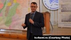 Юлдаша Юсупова некоторые татарские активисты считают одним из современных идеологов башкиризации татар