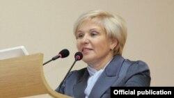 Елена Кузьмичева