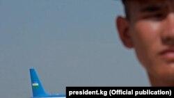 Өзбекстандын лидери Кыргызстанда