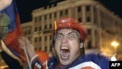 За тысячи километров от Квебека победа российской сборной была воспринята самым непосредственным образом. Москва, ночь на 19 мая